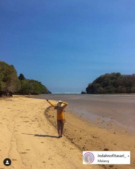 Pantai Clungup di Malang