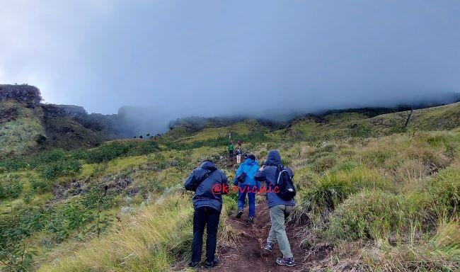 Jalur Pendakian Gunung Sumbing